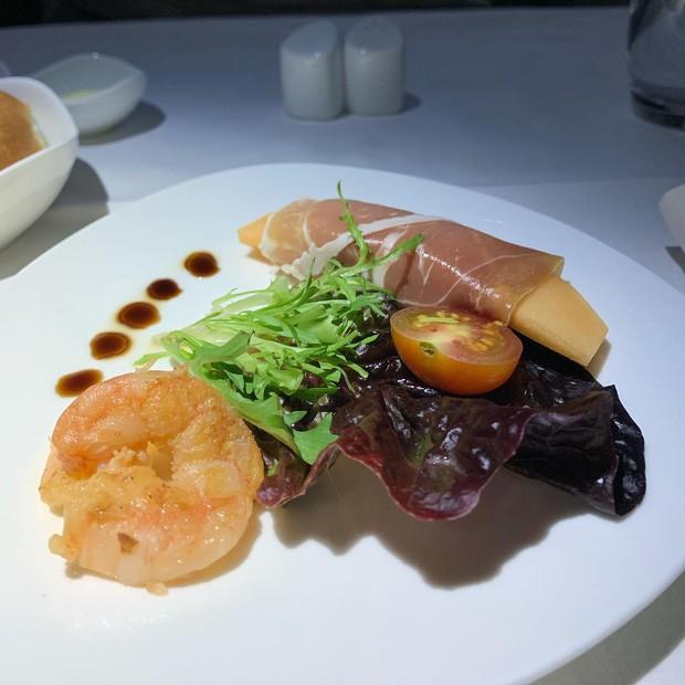 Suất ăn hạng nhất của 15 hãng hàng không này sẽ làm thay đổi quan niệm của bạn về chuyện ăn uống trên máy bay - Ảnh 17.
