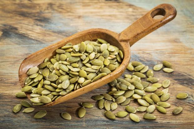 Nghiên cứu từ hàng ngàn người trong suốt 20 năm: ăn nhiều các loại hạt là một phương pháp tốt để giảm béo - Ảnh 2.