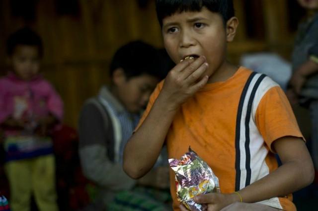 Sức khỏe giới trẻ châu Á nguy cơ suy giảm vì mỳ ăn liền - Ảnh 2.