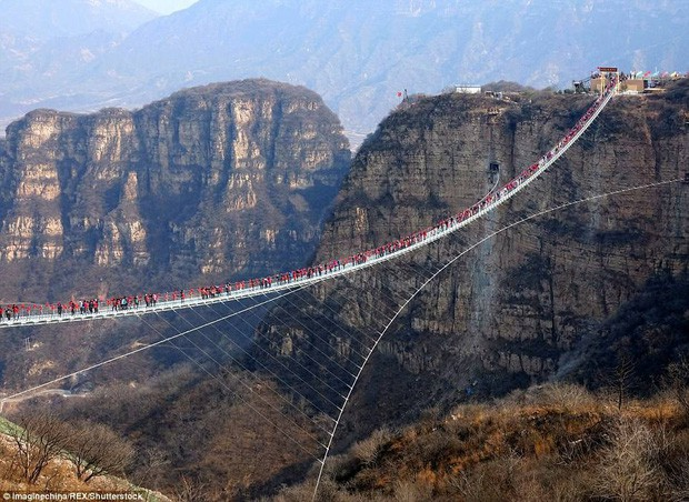 """Nóng: Hơn 32 công trình cầu kính nổi tiếng của Trung Quốc bất ngờ đóng cửa, trong đó có cả """"thiên đường sống ảo"""" Trương Gia Giới - Ảnh 7."""