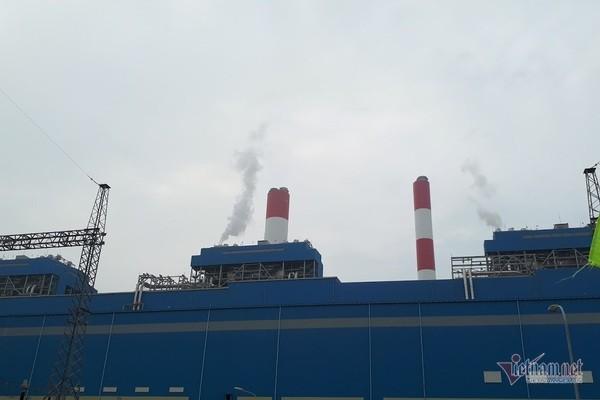 Điện sạch giá chát gần 3.000 đồng/số, hoá đơn tăng vọt ai dám dùng - Ảnh 1.