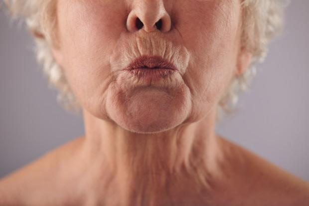 """Không báo hiệu tuổi già, những nếp nhăn trên khuôn mặt báo hiệu sức khỏe đang """"xuống cấp"""" nghiêm trọng - Ảnh 4."""