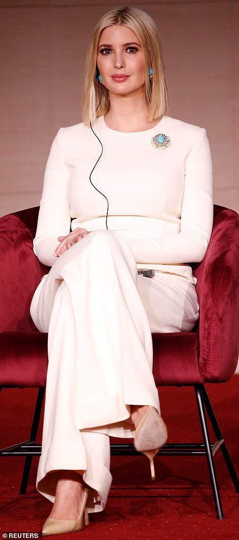 Đến nữ thần Ivanka Trump cũng không thoát khỏi sự nghiệt ngã của thời gian, để lộ vẻ xuống sắc, già nua cùng những chi tiết kém sang - Ảnh 1.