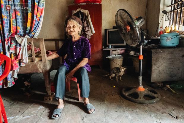 Cuộc sống lạc quan, tự tại của cụ bà đạp xe lên ủy ban xã xin ra khỏi hộ nghèo: 11 đứa con mà tui chưa phải phiền đến đứa mô - Ảnh 7.