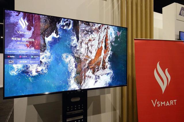TV thông minh 55 inch của Vsmart lộ ảnh thực tế: chạy Android TV, điều khiển bằng giọng nói, không kém cạnh Samsung, LG hay Sony - Ảnh 2.