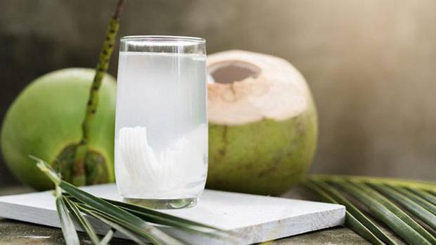 Mọi sản phẩm từ quả dừa có thực sự tốt cho sức khỏe? - Ảnh 1.