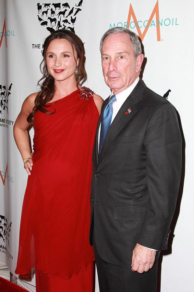 Hai người con gái tài sắc vẹn toàn của tỷ phú giàu thứ 9 nước Mỹ, đối thủ đáng gờm của ông Trump trong cuộc chạy đua vào Nhà Trắng - Ảnh 5.