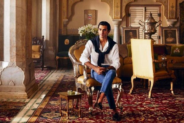 Ông chủ nhà trọ hoàng gia đầu tiên trên Airbnb: 'Rich kid' quý tộc Ấn Độ, 21 tuổi sở hữu 2,8 tỷ USD, cho thuê phòng trong cung điện giá 8.000 USD/đêm - Ảnh 1.