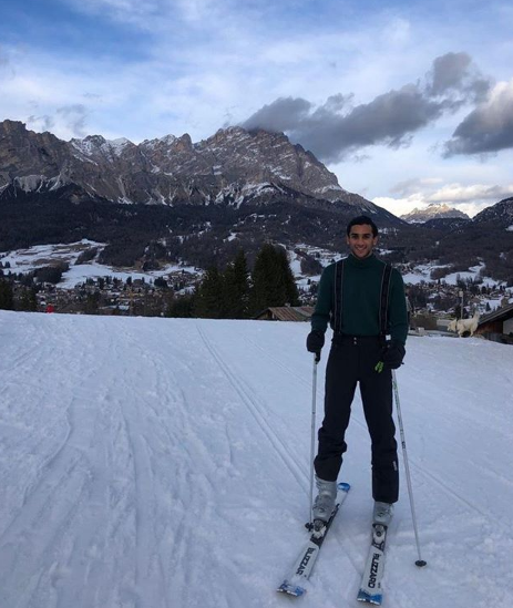 Ông chủ nhà trọ hoàng gia đầu tiên trên Airbnb: 'Rich kid' quý tộc Ấn Độ, 21 tuổi sở hữu 2,8 tỷ USD, cho thuê phòng trong cung điện giá 8.000 USD/đêm - Ảnh 6.