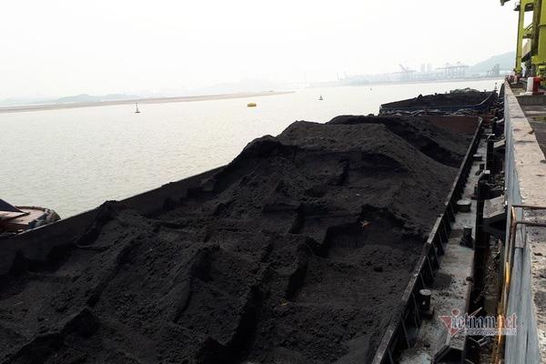 Ế ẩm xuất khẩu than và chuyện thiếu than cho điện - Ảnh 1.