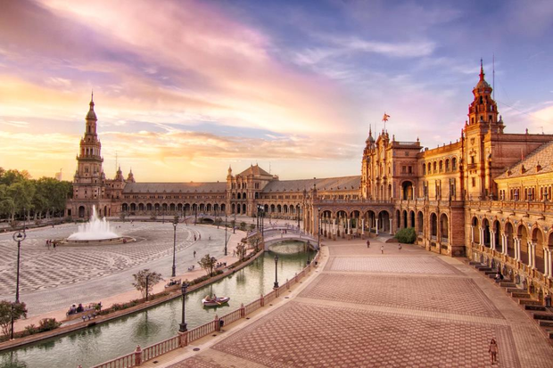 Tổ chức Du lịch Thế giới công bố 10 quốc gia đắt khách nhất châu Âu hiện nay - Ảnh 2.