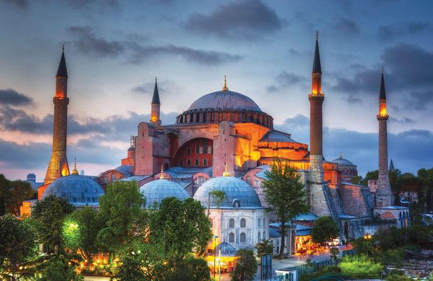 Tổ chức Du lịch Thế giới công bố 10 quốc gia đắt khách nhất châu Âu hiện nay - Ảnh 5.