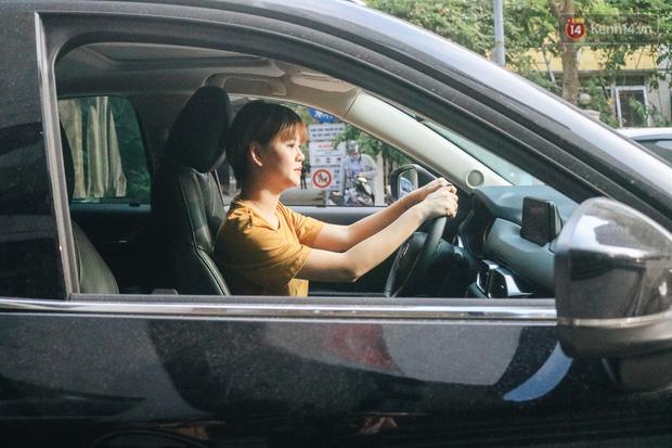 Từ vụ nữ tài xế Mercedes gây tai nạn kinh hoàng khiến 1 người chết: Chị em phụ nữ nói về gót giày tử thần khi lái xe - Ảnh 6.