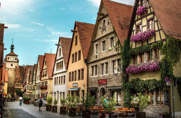 Tổ chức Du lịch Thế giới công bố 10 quốc gia đắt khách nhất châu Âu hiện nay - Ảnh 6.