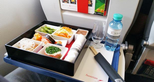 Chuyên trang du lịch công bố 10 hãng hàng không có đồ ăn cao cấp và ngon nhất thế giới, top 2 đều nằm ở châu Á - Ảnh 25.
