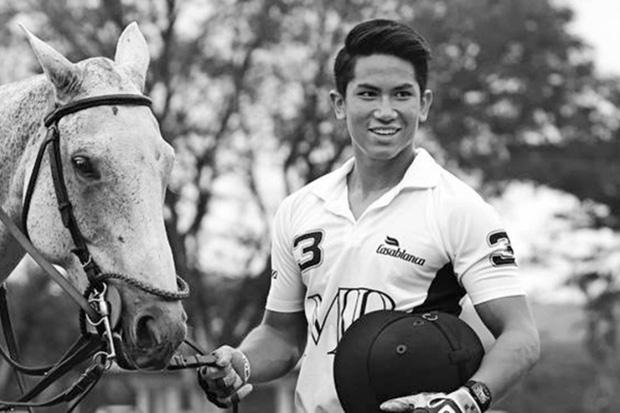 Cuộc sống đáng ghen tị của hai hoàng tử Brunei tại SEA Games 30: Đã đẹp trai lại giàu có, nhà toàn siêu xe và du thuyền nhưng vẫn đá bóng vì đam mê! - Ảnh 3.