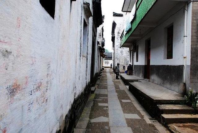 Ngôi làng thần bí nhất trung quốc do hậu nhân của Gia Cát Lượng thiết kế, người ngoài đi vào rất dễ lạc đường - Ảnh 3.