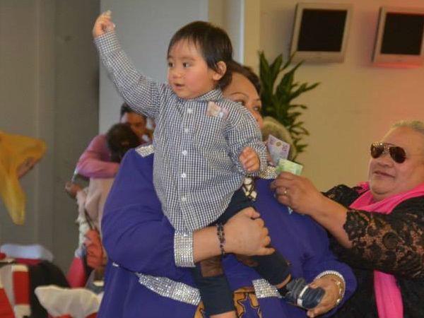 Chân dung tiểu hoàng tử Tonga, mới sinh ra nắm trong tay vận mệnh của một hoàng gia, càng lớn càng khiến người hâm mộ phát cuồng - Ảnh 8.