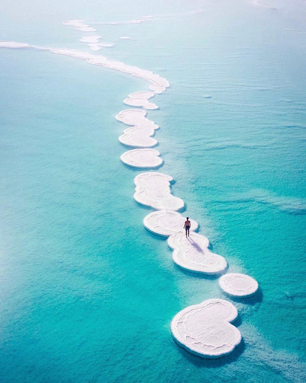 Hoá ra Biển Chết thực chất… không phải là biển, lại còn hút khách du lịch tìm đến check-in vì lý do độc nhất vô nhị này! - Ảnh 1.