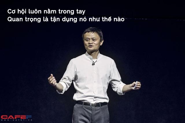 Câu hỏi gây tranh cãi: Nếu Jack Ma và người bình thường vừa khát vừa lạc giữa sa mạc, bạn sẽ bán chai nước trong tay với giá bao nhiêu tiền?: Đáp án cực bất ngờ! - Ảnh 1.