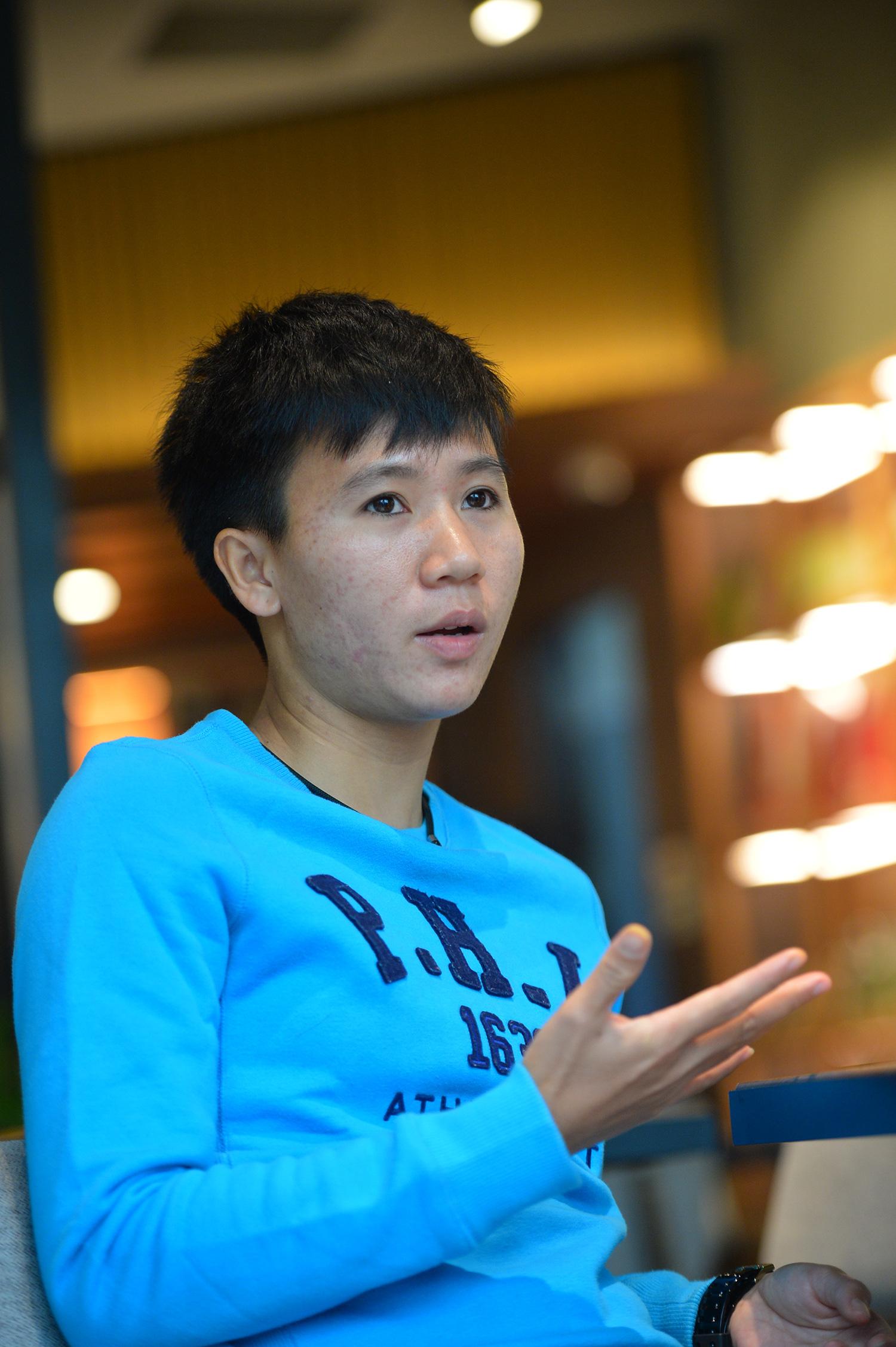 """Tuyết Dung - cô gái """"vàng"""" ôm giấc mơ World Cup của tuyển nữ Việt Nam: """"Đã lên sân là chiến đấu quên mình rồi!"""" - Ảnh 4."""