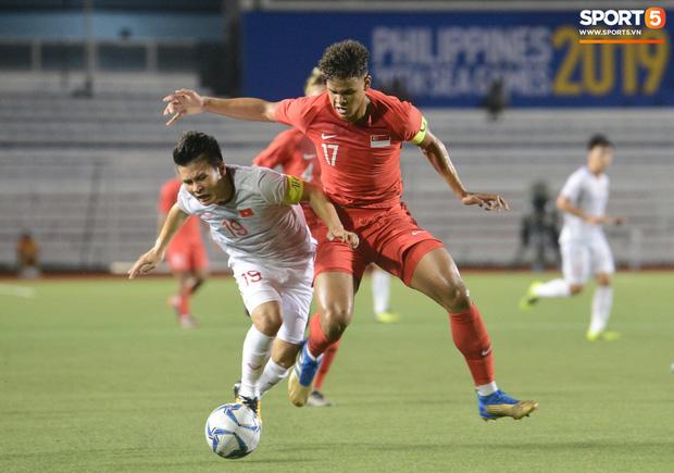 Bác sĩ của Đoàn thể thao Việt Nam tại SEA Games 2019 lo ngại Quang Hải sẽ phải chia tay giải đấu - Ảnh 4.
