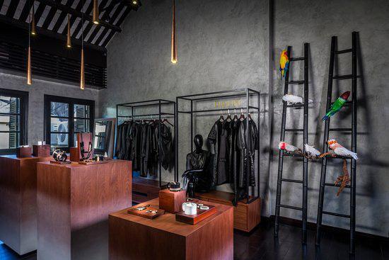 Chuyện người Việt mua hàng hiệu xách tay và cái khó của các thương hiệu xa xỉ dù coi Việt Nam là mỏ vàng - Ảnh 2.