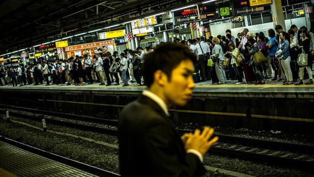 Tại sao ngày càng nhiều phụ nữ Nhật Bản chọn cuộc sống độc thân? Bi kịch thời hiện đại hay cách bảo vệ bản thân trước truyền thống lỗi thời? - Ảnh 2.