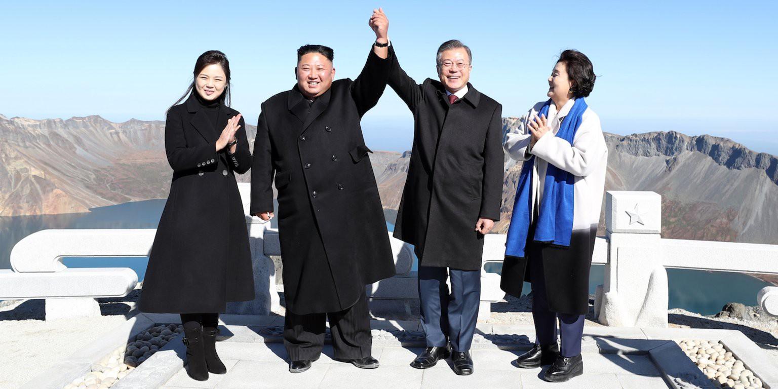 """Hé lộ bí mật những """"chợ trời"""" ở Bình Nhưỡng và cuộc sống chưa từng biết tới tại thủ đô Triều Tiên - Ảnh 18."""