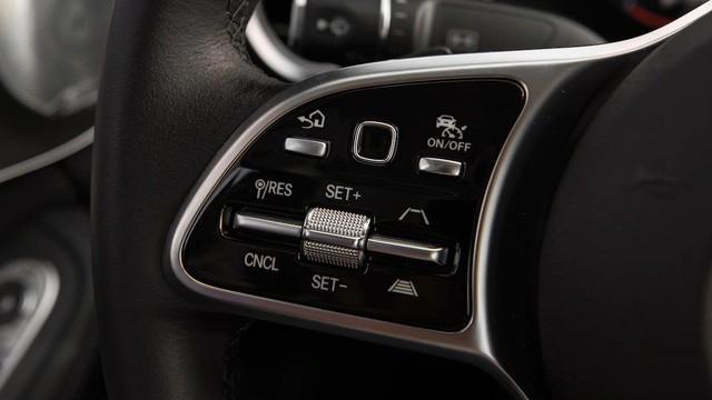 Đánh giá Mercedes-Benz C-Class 2019 trước giờ G - Ảnh 11.