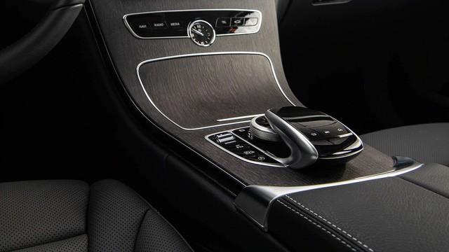 Đánh giá Mercedes-Benz C-Class 2019 trước giờ G - Ảnh 10.