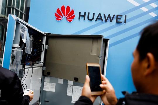 Ông Trump mở lời về khả năng tha Huawei  - Ảnh 1.