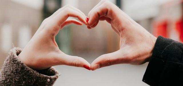 Tìm bạn đời chung sống xin đừng mù quáng chỉ dựa vào tình: Nếu chỉ vì yêu, không sớm thì muộn hôn nhân của bạn sẽ có trục trặc - Ảnh 1.