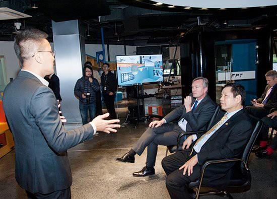"""Chủ tịch FPT Software Hoàng Nam Tiến: """"Chúng tôi làm những việc cả thế giới còn đang lúng túng!"""" - Ảnh 1."""