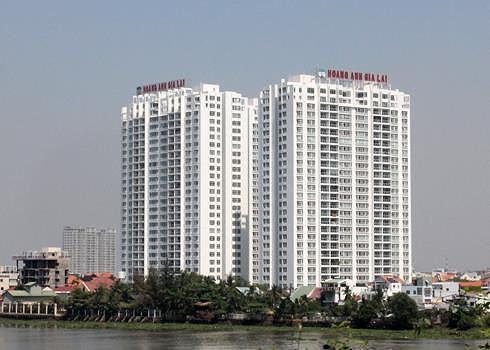 Nhiều căn hộ bị cắt nước do phản đối tăng phí quản lý chung cư - Ảnh 1.