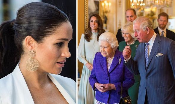 """Meghan đang """"phá hủy"""" Hoàng gia Anh, khiến công chúng mất niềm tin và khó có thể trở thành bạn tốt với chị dâu Kate vì lý do này - Ảnh 1."""