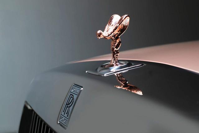 Các hãng ô tô ăn đậm nhờ nhu cầu tự chọn option của khách hàng đang tăng cao - Ảnh 3.
