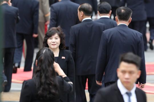 Cận cảnh những bóng hồng quyền lực trong đoàn Chủ tịch Kim Jong-un  - Ảnh 7.