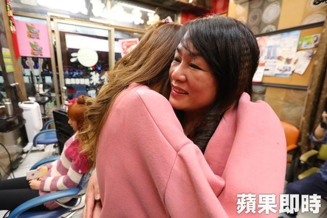 Cơ thể bỏng 91%, cô gái Đài Loan vẫn tự tin khoe nhan sắc xinh đẹp với biệt danh nàng tiên cá trong biển lửa - Ảnh 6.