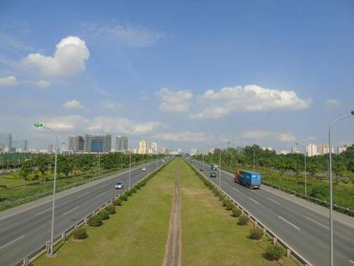 Thủ tướng thúc tiến độ giải phóng mặt bằng cao tốc Bắc - Nam  - Ảnh 1.