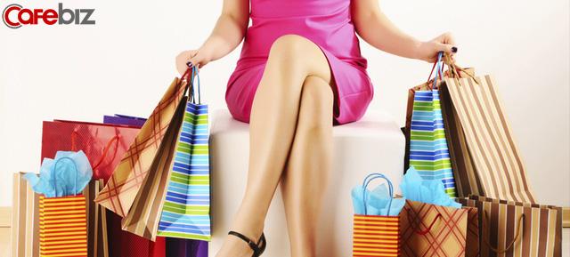 Mua cả nghìn bộ quần áo nhưng vẫn không thấy đẹp lên: Trước khi vung tay quẹt thẻ hãy nghĩ kỹ, lòng bạn đang bồn chồn hay đồ cần thiết phải mua - Ảnh 2.