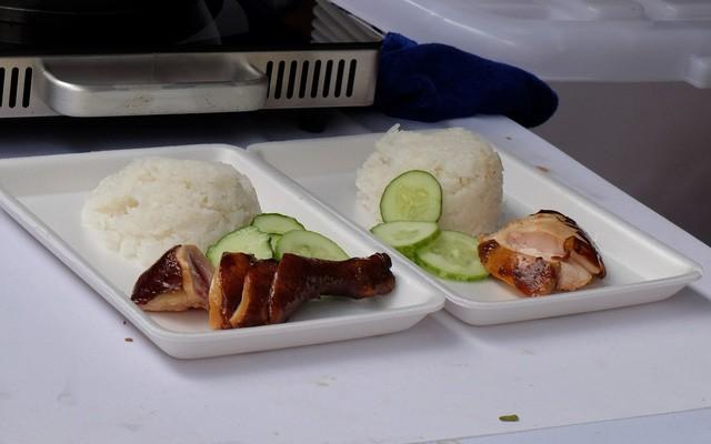 Quán ăn sao Michelin rẻ nhất thế giới đến Hà Nội: Giá chỉ 30 ngàn, khách xếp hàng dài trên phố Lê Thạch đợi mua - Ảnh 11.