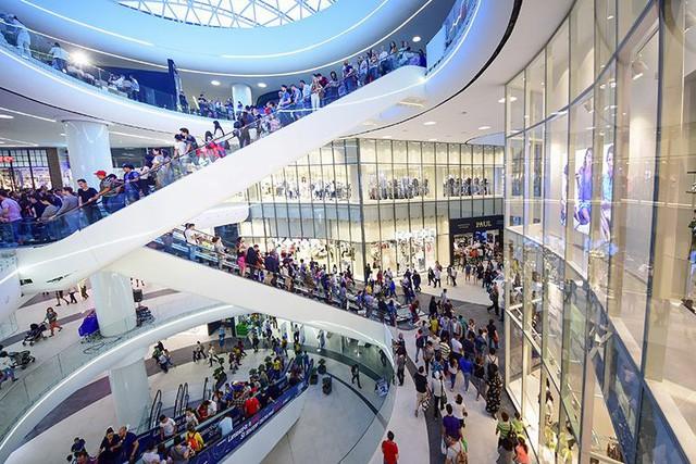Loạt tòa tháp chọc trời dồn dập đổ bộ, biến nơi đây thành trung tâm tài chính - thương mại mới của Hà Nội - Ảnh 4.