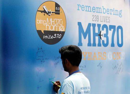 Malaysia không cam tâm chấp nhận MH370 mất tích quá bí ẩn  - Ảnh 2.