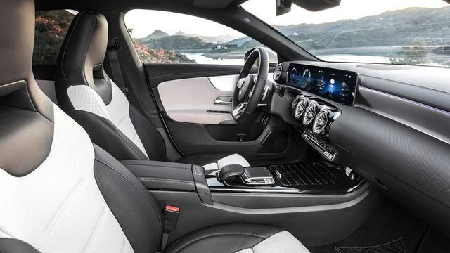 Mercedes-Benz trình làng mẫu xe vô đối nhưng giá mềm - Ảnh 10.