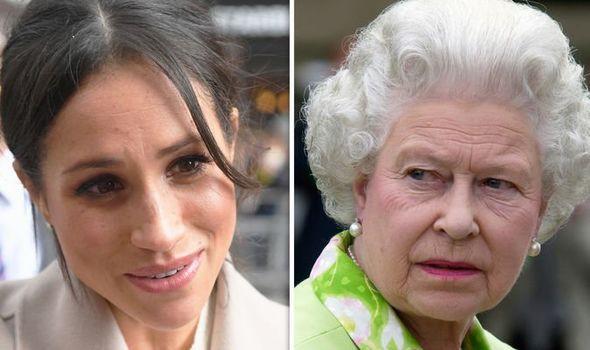Hé lộ cuộc đối thoại nảy lửa giữa Nữ hoàng Anh với cháu trai Harry về Meghan khiến bà bầu này cứng họng, Hoàng tử thì bất lực - Ảnh 1.