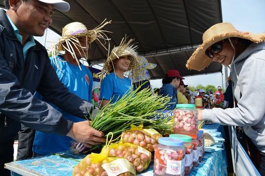 Đặc sắc Lễ hội dưa hấu lần đầu tiên ở Việt Nam  - Ảnh 9.