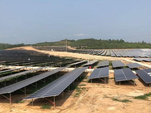 Nhà máy Điện mặt trời Cư Jút chính thức phát điện thương mại - Ảnh 1.