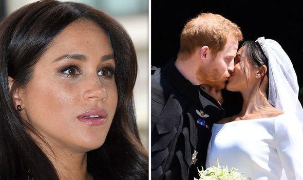 Người dùng mạng choáng váng khi bà bầu Meghan bị ví như tù nhân trong gia đình hoàng gia và sẽ hối hận khi kết hôn với Hoàng tử Harry vì lý do này - Ảnh 1.