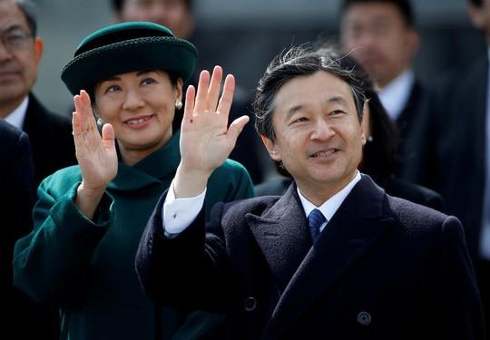Hôm nay, 300 khách mời tham dự lễ thoái vị của Nhật hoàng Akihito  - Ảnh 2.
